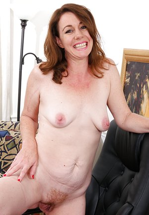 Trimmed Milf Pussy Porn