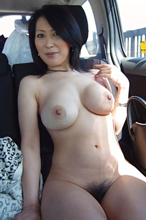 Milf in Car Porn