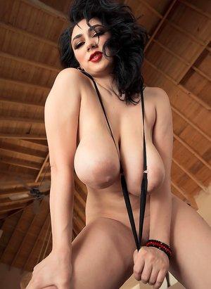 Huge Tits Milf Porn