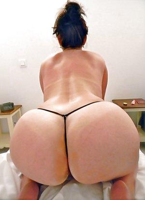 Thong Milf Porn