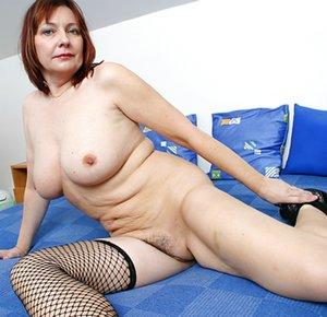 Milf in Bedroom Porn