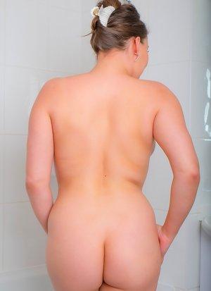 Milf in Bathroom Porn