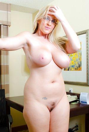 Moms Tits Porn