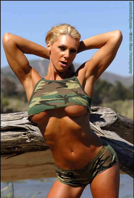 Army Milf Porn