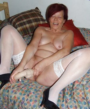 Milf in Bedroom Porn