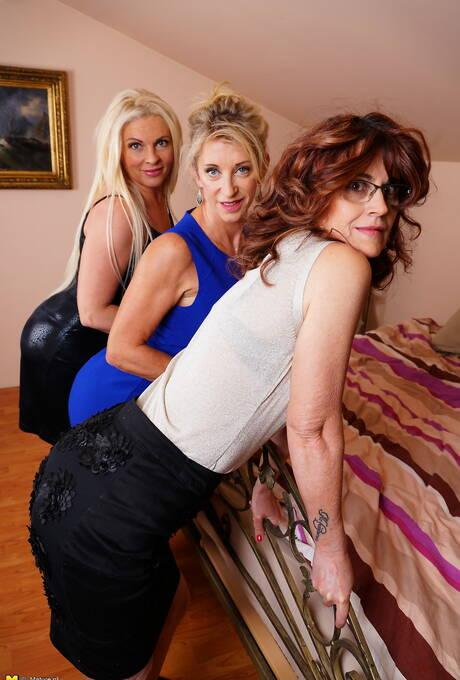 Big Ass Lesbians Porn